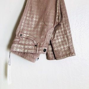 Rich & Skinny Tan and Gold stretch pants Size 30